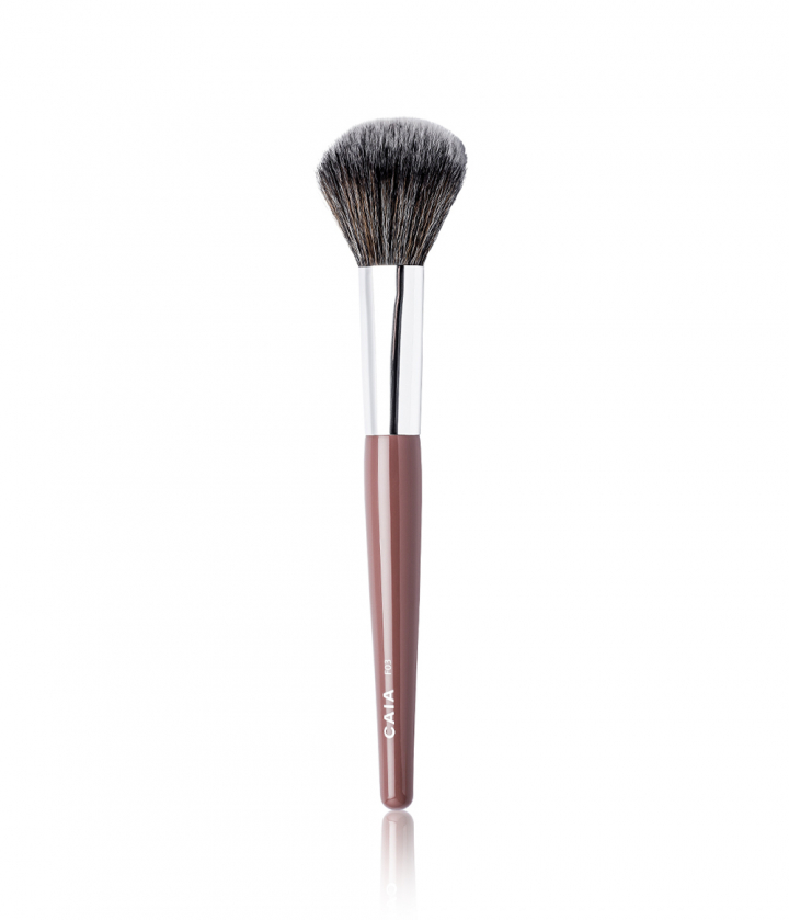 DOMED POWDER BRUSH 03 i gruppen BØRSTER / SMINKEKOSTER hos CAIA Cosmetics (CAI140)